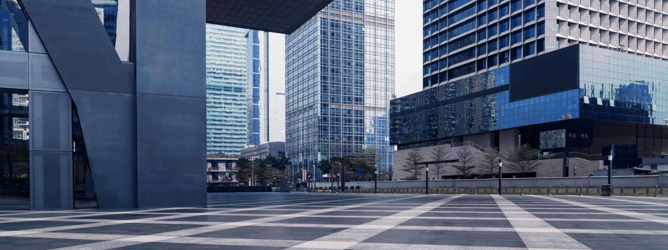 Empty street in front of large office buildings ©fuyu liu, shutterstock.com