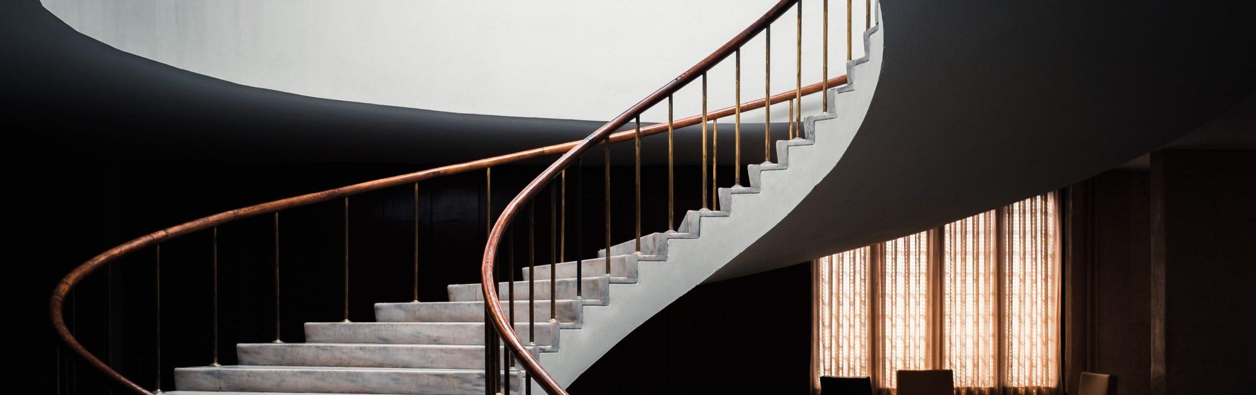 winding staircase ©Serhat Beyazkaya, unsplash.com