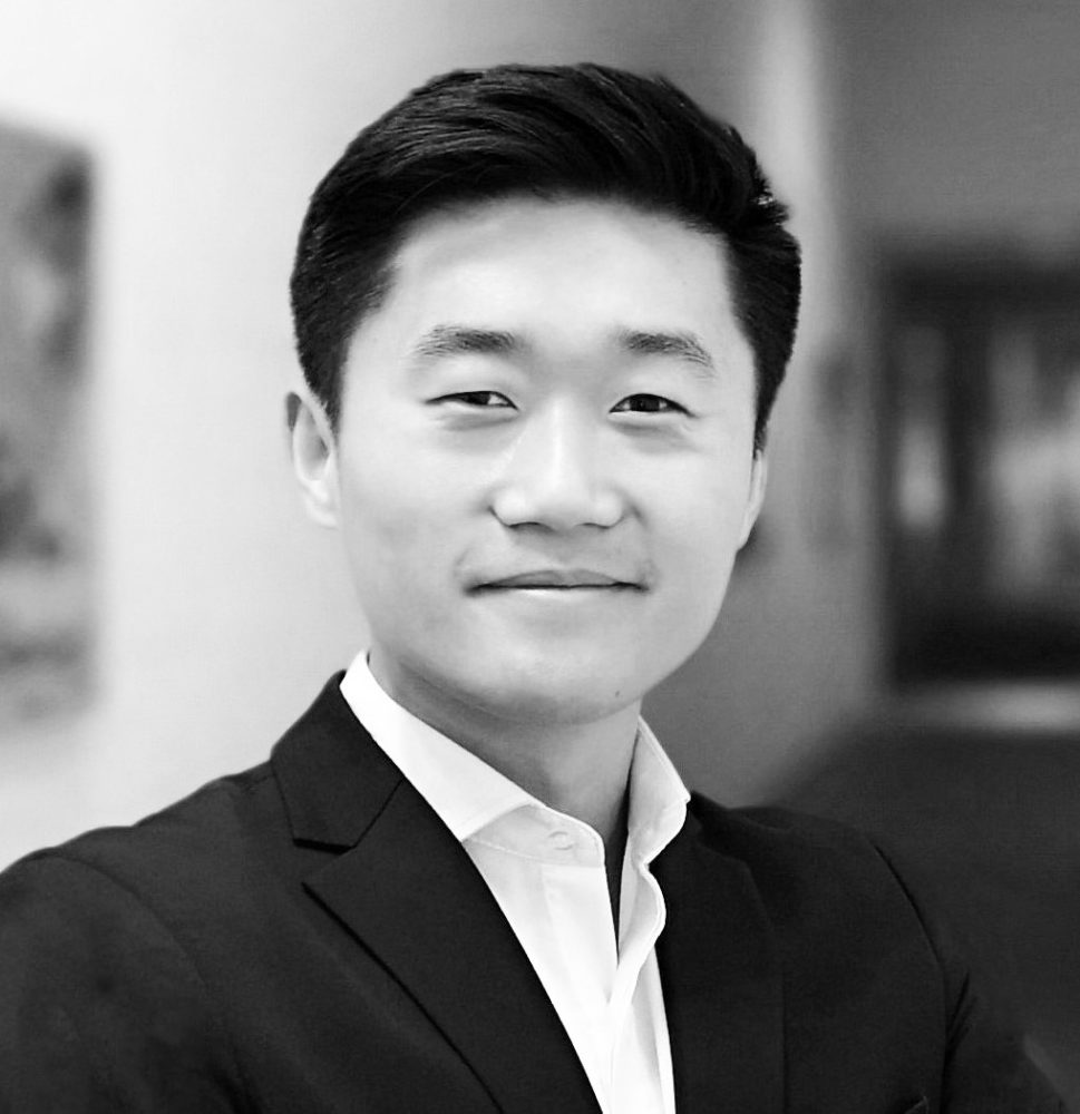 Portrait photo of Tianyu Yuan, CEO and co-founder of Codefy