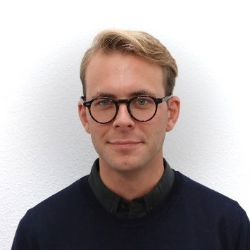 Portrait photo of Tomas van der Heijden, entrepreneur in residence at Merantix
